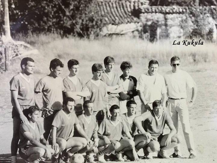 Equipo fútbol Eskarraltea Burgui