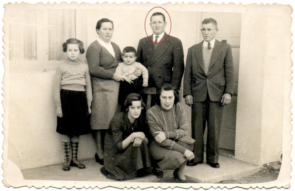 Ya en Argentina, Justo con su mujer Amparo, viviendo con su hermana Genoveva, su marido e hijos.